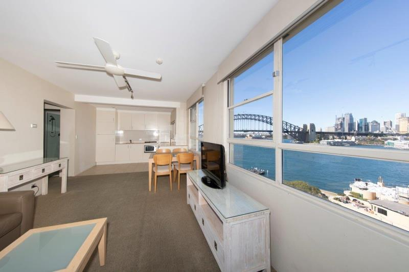 61/2a Henry Lawson Ave McMahons Point NSW 2060